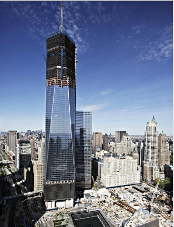 One World Trade Center Surpasses The Height Of The Empire